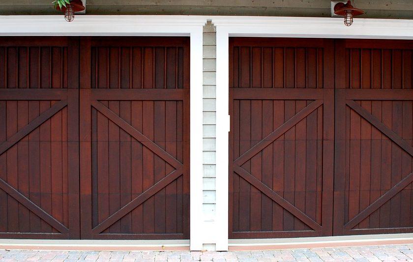 naprawa bram garażowych